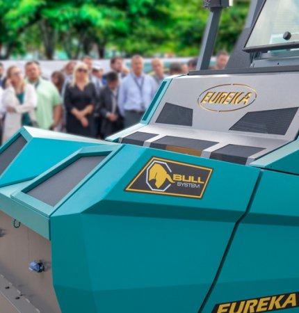 Macchina per spazzare Eureka BULL 200 presentata a Verona
