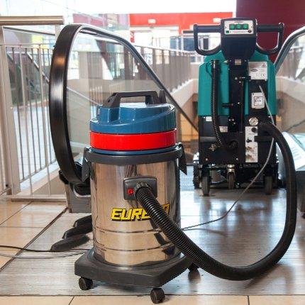 ESCALATOR EC52 - per pulire tappeti e scale mobili